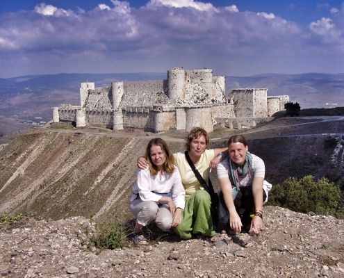 Nina Slamnik, Nina Mavrič in Marijana Panić v Siriji
