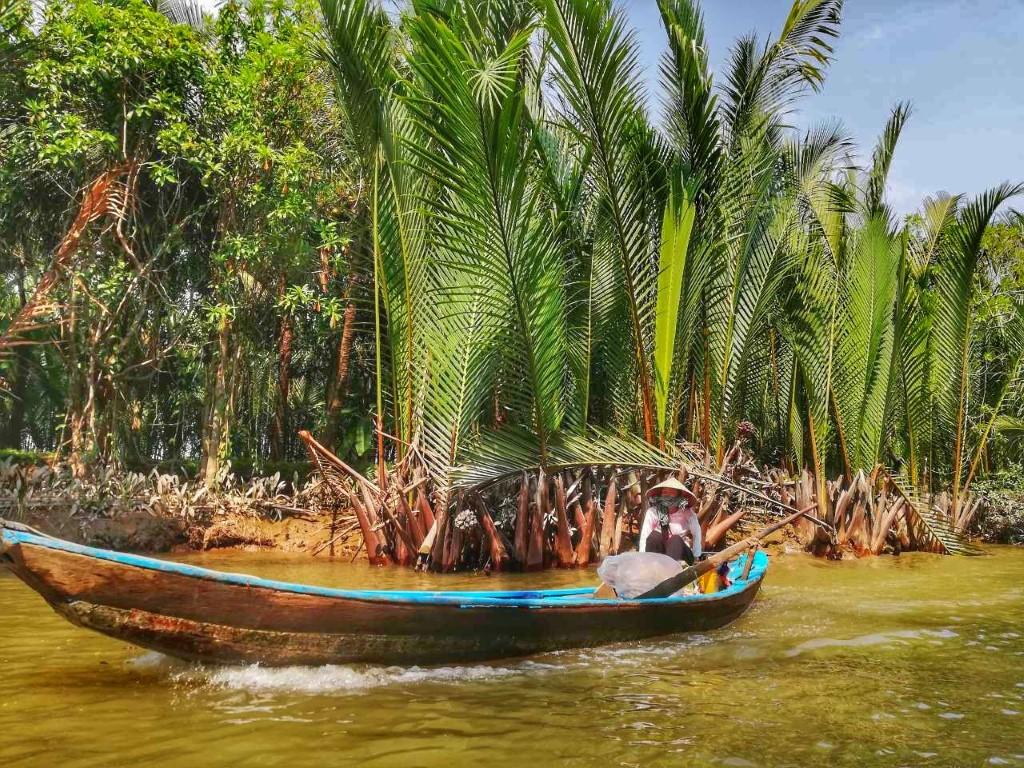 Po Mekongu, Vietnam